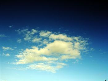 A Simple Clouds Free JPG