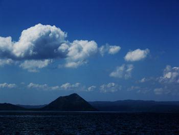 Clouds Background 2 Free JPG