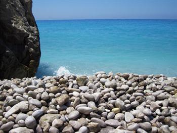 Pebble Beach And Sea Free JPG