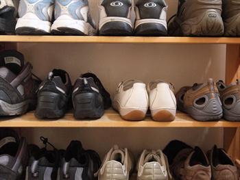 Shoe Rack Free JPG