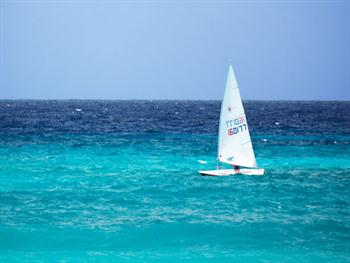 Small Yacht At Sea Free JPG