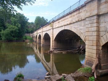 Stone Aqueduct Free JPG