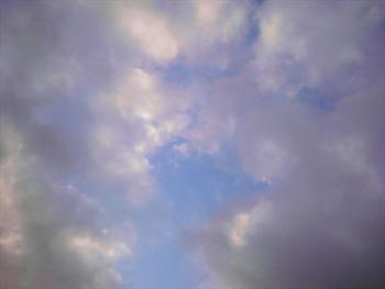 Web Background – Cloud Formations 2 Free JPG